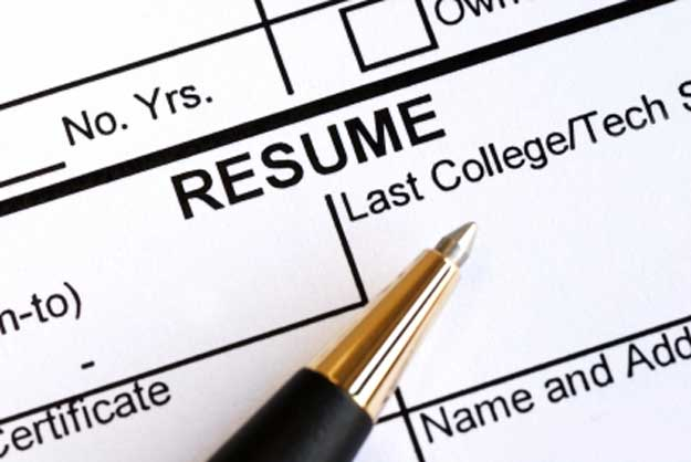 Are You Giving Out Too Much Information When You Fill Out Online Resumes?  Fill Out A Resume